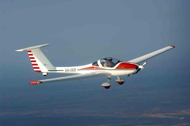 G109 Motor glider designated VKR in flight